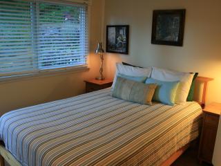 Sunnyside Guest Suite - Salt Spring Island