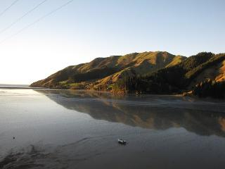 Romantic coastal accommodation, Cable Bay, Nelson