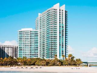 Luxury Ritz Carlton one bedroom suite, Miami Beach