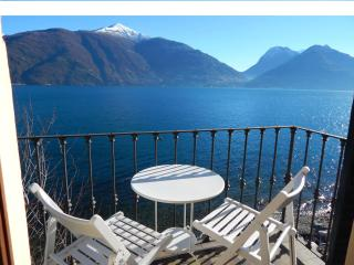 beautiful apartment directly on the lake near mena, San Siro