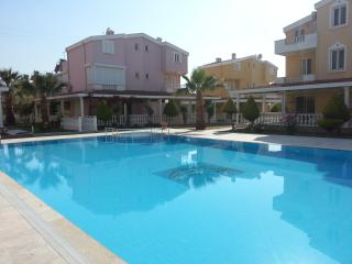 8 Person stayable triplex in complex, has swimingpool, Kusadasi
