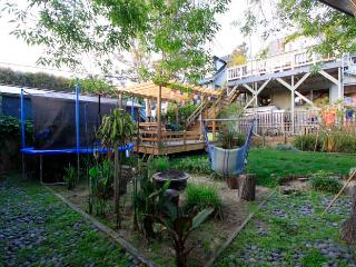 Large Garden with Deck and Trampoline
