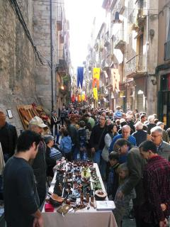 There are food, music & theatre festivals throughout the year in Girona