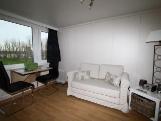 Holiday studios Belgian coast in vacation resort P