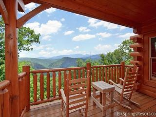 Incredible Views from your Luxury 1 Bedroom Cabin!
