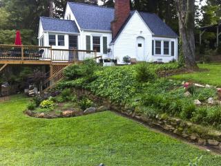 West Asheville Romantic Restful Retreat