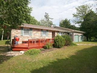 Sunflower Cottage (#821), Sauble Beach