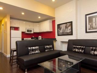 Sleeps 7! 4 Bed/2 Bath Apartment, Times Square, Awesome! (5844), New York