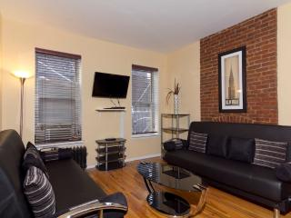 Sleeps 7! 3 Bed/2 Bath Apartment, Times Square, Awesome! (7815)