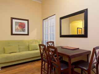 Sleeps 5! 2 Bed/1 Bath Apartment, Midtown East, Awesome! (8070), Nueva York