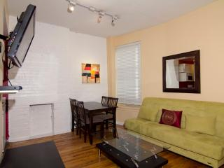 Sleeps 7! 4 Bed/2 Bath Apartment, Times Square, Awesome! (8091)