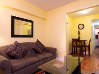 Sleeps 4! 1 Bed/1 Bath Apartment, Midtown East, Awesome! (8103)