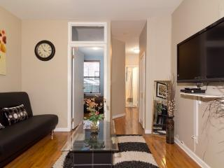 Sleeps 7! 3 Bed/1 Bath Apartment, Upper East Side, Awesome! (8113)