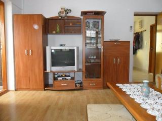 Mlakic Apartment A (2+2), Trogir
