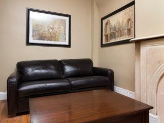 Sleeps 5! 2 Bed/1 Bath Apartment, Midtown East, Awesome! (8330), Nueva York