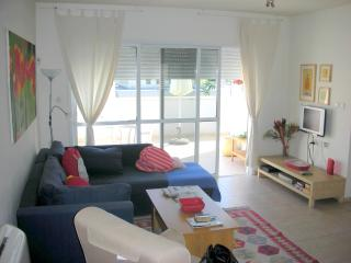3 Bedroom Apt in Central Raanana-Modern Building, Ra'anana