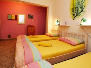 CroParadise Lavander Studio Apartment, Split