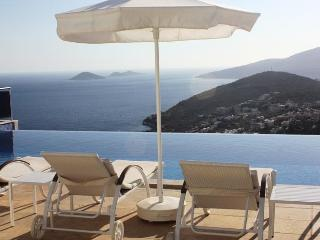 Villa Cina 5 Bedroom (Free Car Hire or Transfer), Kalkan