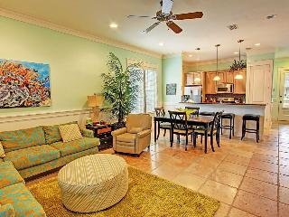 Sandestin Sister One-4BR- RealJoy Fun Pass* Spacious Bungalow-FAB Furnishings
