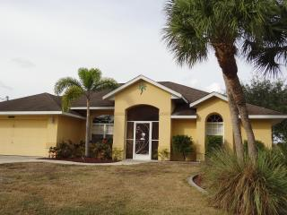 Great Rotonda West House on Golf Course and close