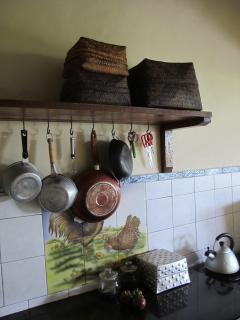 small basic kitchen