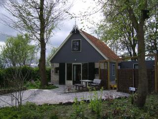 Cosy holiday home near Wadden Sea in Friesland, Kollum