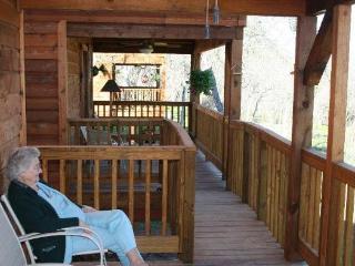 Marks Overlook Lodge, Buda