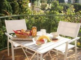 LLAG Luxury Vacation Apartment in Aachen - 377 sqft, quiet, cozy, natural (# 4857), Aquisgrán