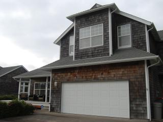 Gearhart Beach Home - Comfortable Family Getaway