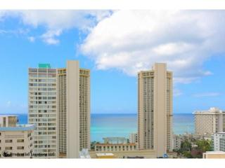 Waikiki Convenience Condo Ocean View Corner Unit with 270 Degree View
