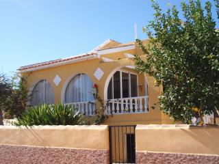 Villa Paloma - 2 bed villa with private pool, Mazarrón