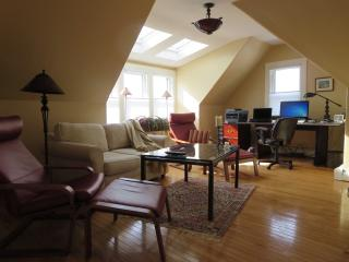 Newport Adorable Apt. Historic Hill 1 Bdrm