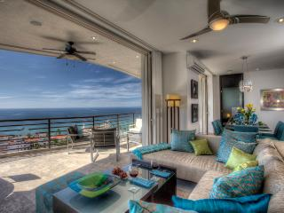 Signature 406, Private Dipping, Luxury Unit 1900sf, Puerto Vallarta