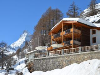 Mountain Exposure Chalet Gemini - Serviced,independent,Sauna,Hot Tub, Zermatt