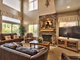 Snowbasin Park View Huntsville Condo | Luxury 3 bedroom | Lakeside Unit 77