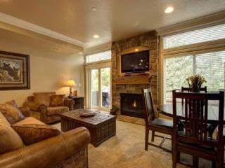 Snowbasin Park View Huntsville Condo | Luxury 2 Bedroom | Lakeside Unit 85