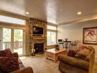 Snowbasin Park View |Luxury 2 Bedroom | Lakeside Unit 86, Huntsville