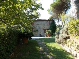 Farmhouse with 2 Bedrooms in Lucca