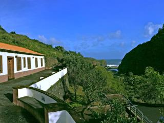 Lovely farm house by the sea, Porto da Cruz