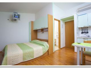Apartmani Kunac: Apartment 2, Podgora