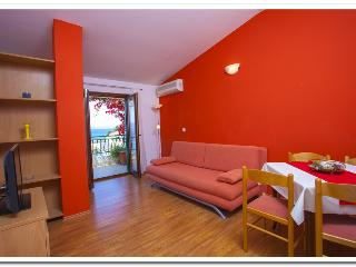 Apartmani Kunac: Apartment 3, Podgora