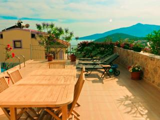 4 Bedroom Villa Near Town in Kalkan (FREE CAR OR TRANSFER)