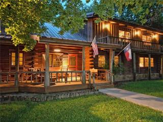 Broadway Producer's Private Hill Country Retreat, Wimberley