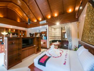Master Bedroom on Middle Level 100 SQM