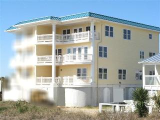 1801-B Strand Avenue - Spectacular Vistas of Tybee Beach and the Atlantic Ocean - FREE Wi-Fi, Isla de Tybee