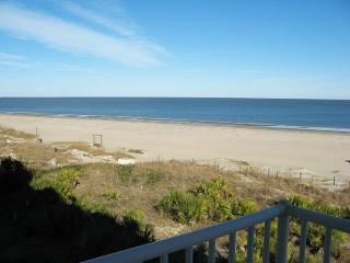Beach House On The Dune - Unit 433 - Panoramic Views of the Atlantic Ocean - Swimming Pools - Restaurant - FREE Wi-Fi, Tybee Island