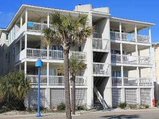 Pelican Point Condos - Unit 5 - Small Dog Friendly - FREE Wi-Fi, Tybee Island
