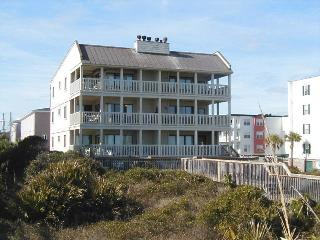 Sand Castle Beach Club - Unit 6 - Swimming Pools - FREE Wi-Fi - Restaurant, Isla de Tybee