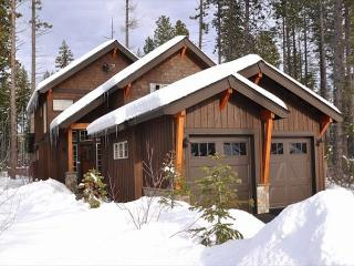 Luxury Vacation Home in Suncadia!  Great Value * Hot Tub * Specials!