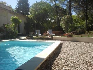 Villa Thermae  Pont du Gard  B&B